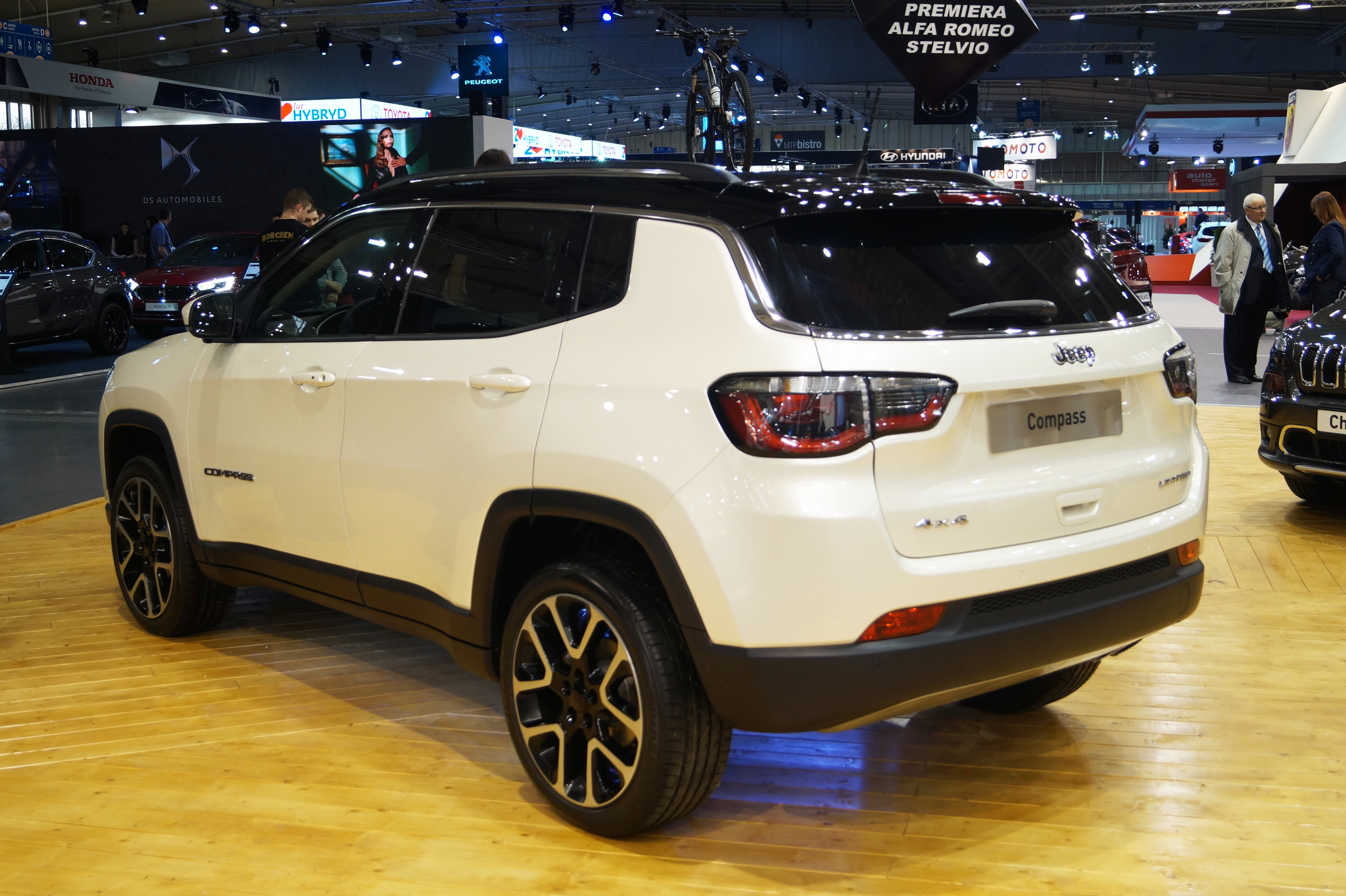 Jeep Compass – Wikipedia