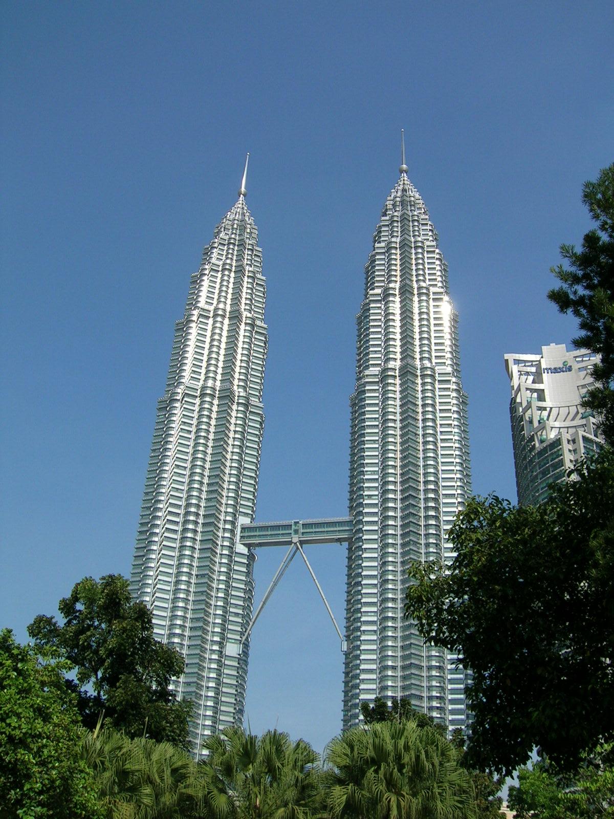 Petronas Towers in Kuala Lumpur, Malaysia. Photo: Formulax.