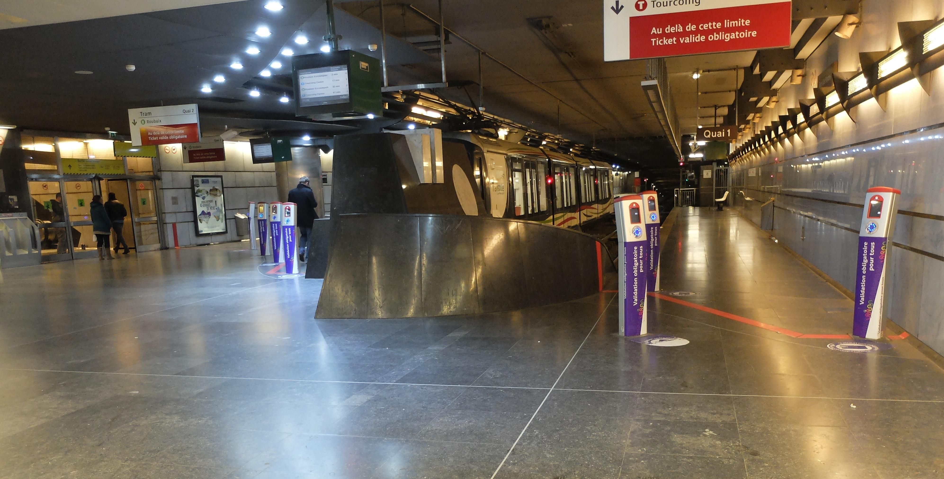 File lille terminus du tramway lille flandres jpg - Cabinet d ophtalmologie des flandres lille ...