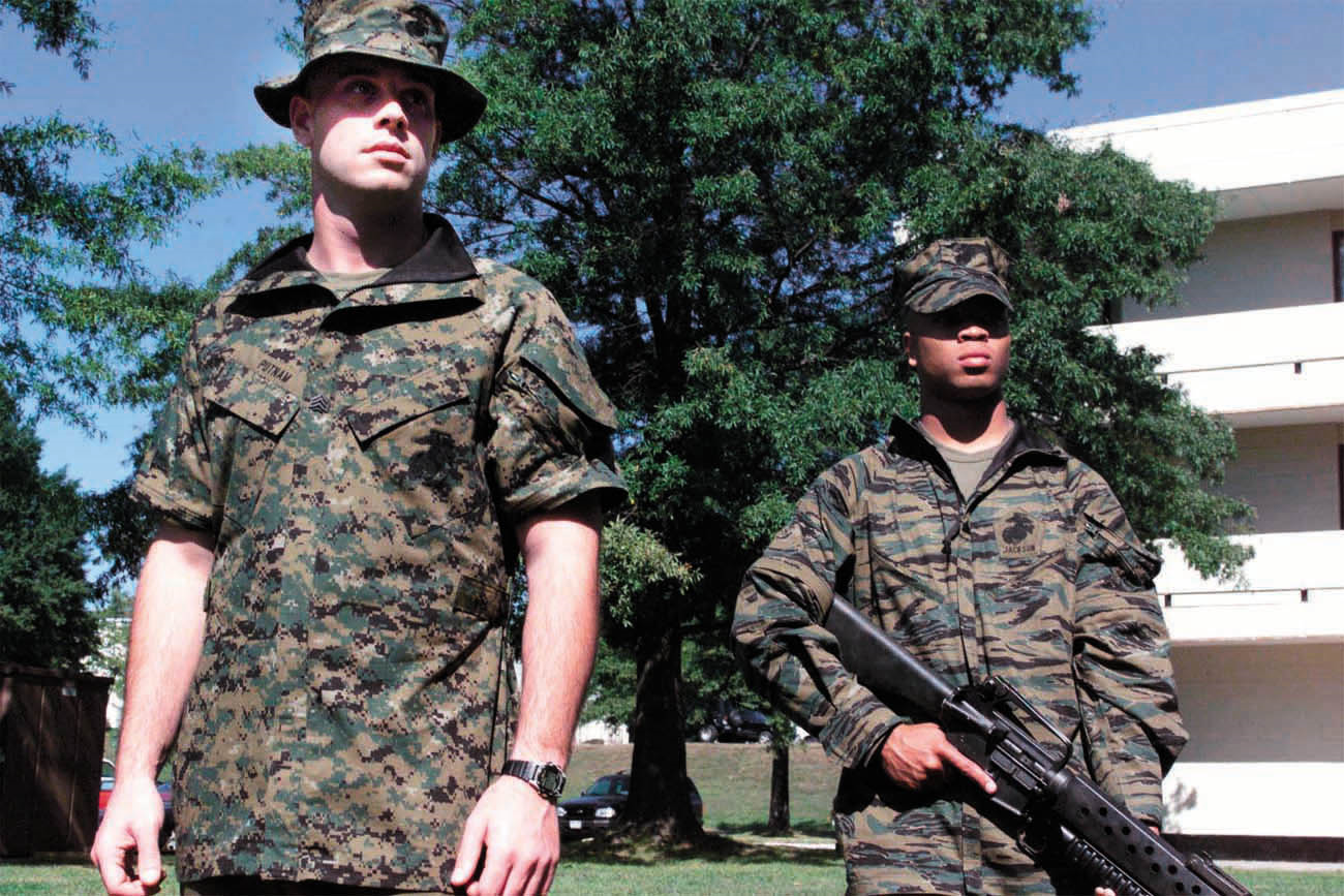 File:MARPAT MCCUU Prototypes Removable Sleeves.png ...