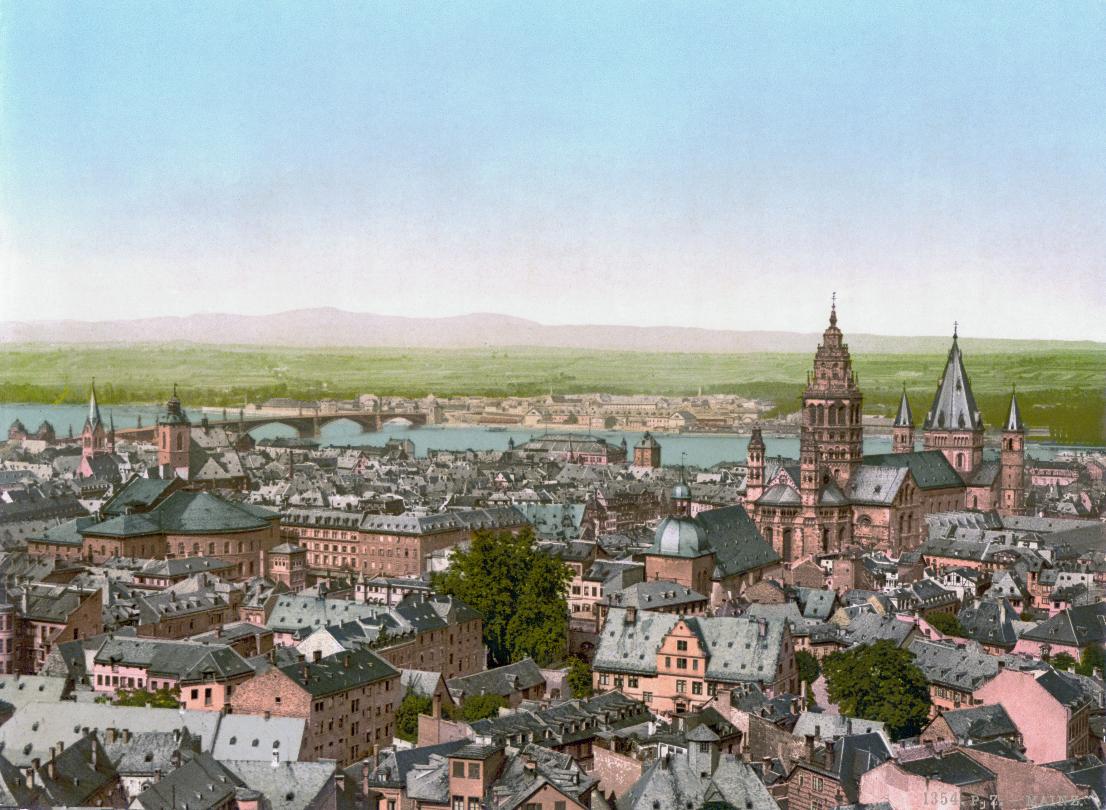 https://upload.wikimedia.org/wikipedia/commons/d/d2/Mainz_BlickzumRhein_1890.jpg