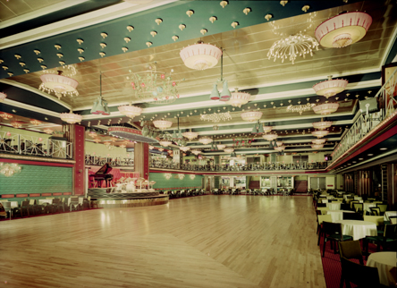 File:Mayfair Ballroom Newcastle - Dance Floor.jpg