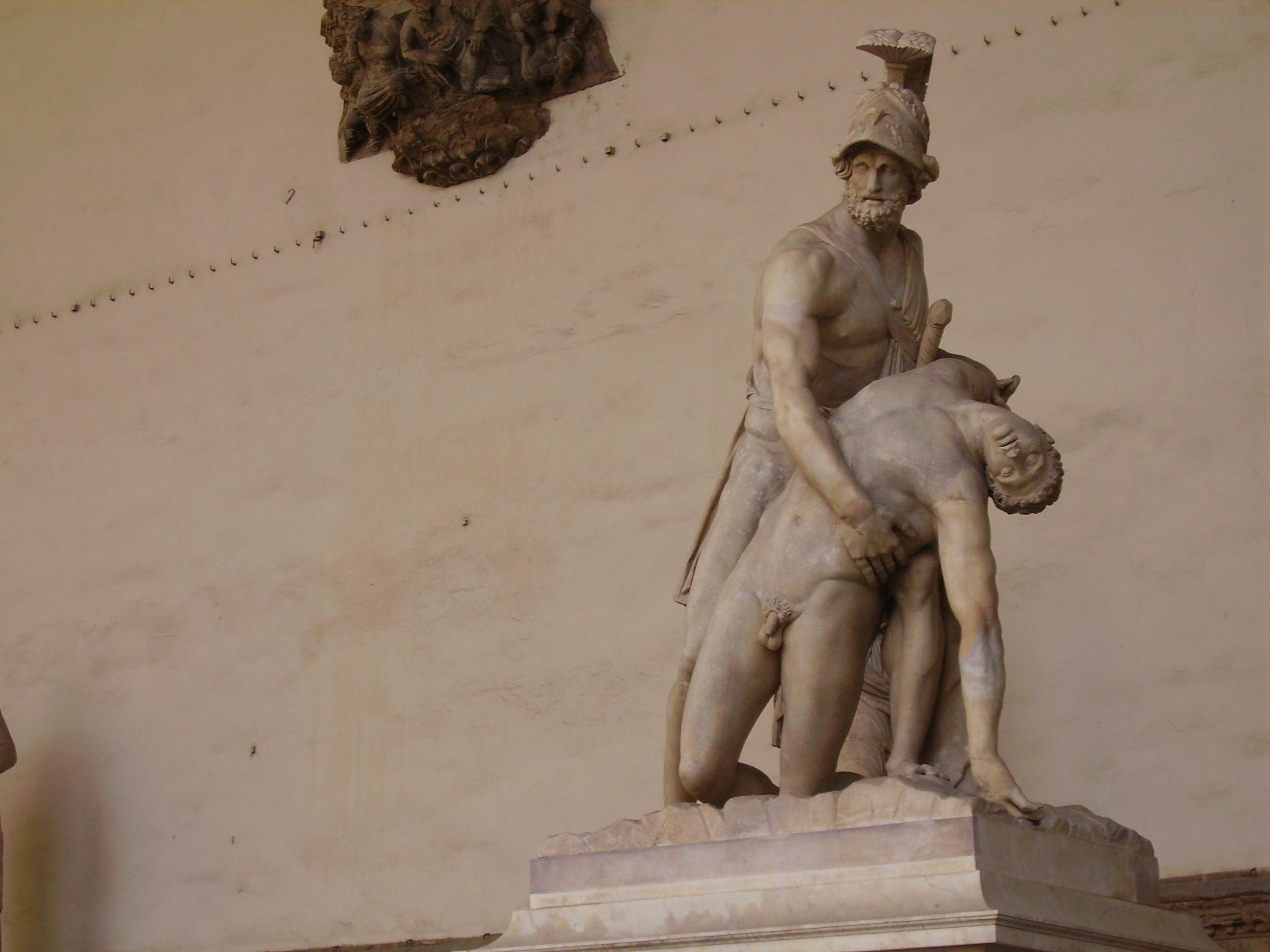 Menelaus supporting the body of Patroclus-Piazza della Signoria-2.jpg
