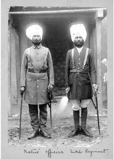 Officers_of_the_Sikh_regiment%2C_Tientsin_%3F%2C_1900_%28CHANDLESS_24%29.jpeg