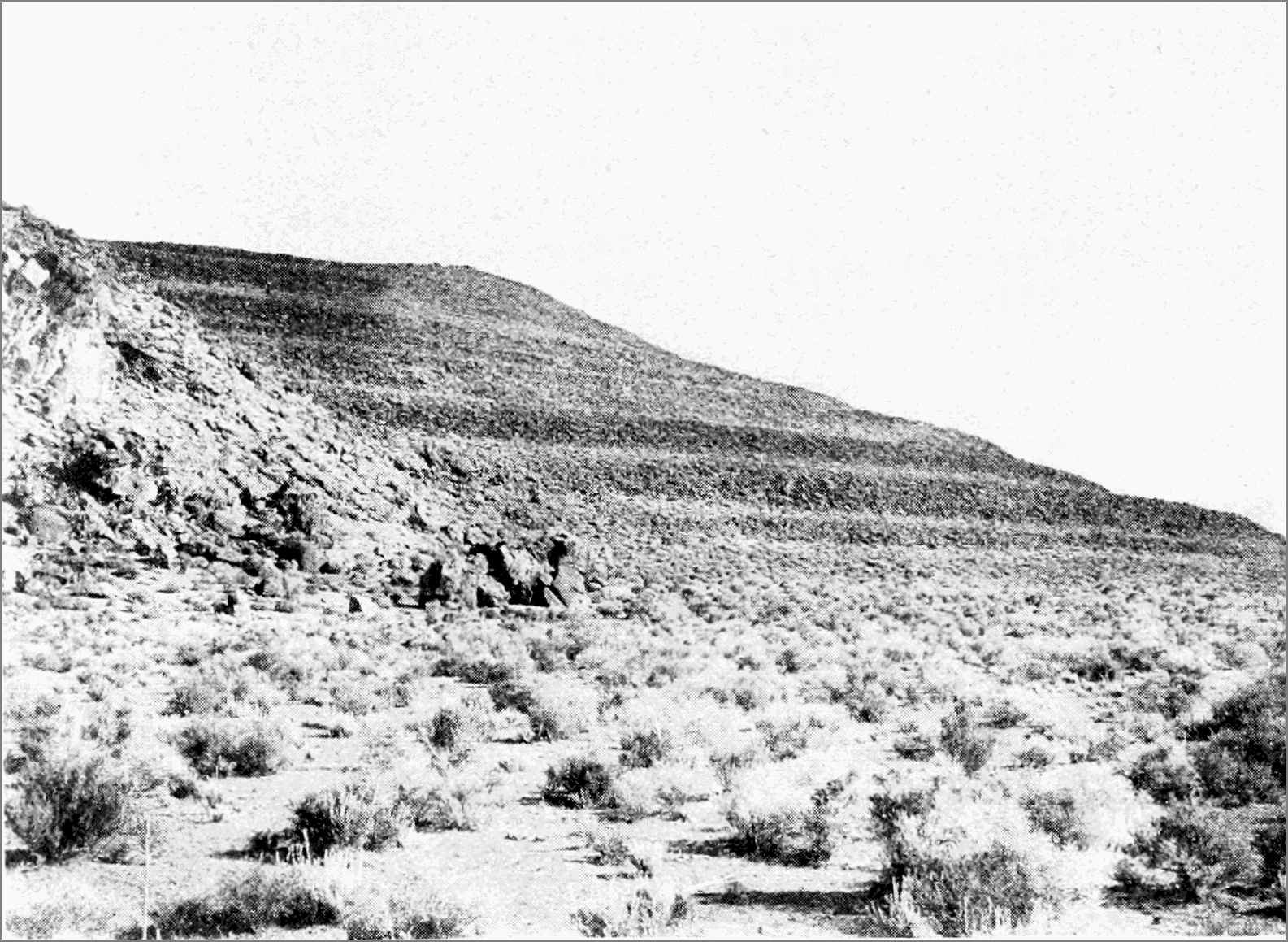 PSM V58 D516 Terraces of lake lahonton north of pyramid lake.png