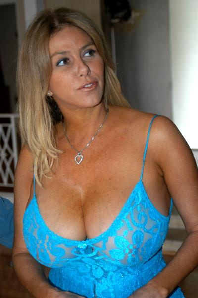 Natural Tits Solo Hd