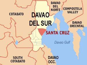 Map of Davao del Sur showing the location of Santa Cruz
