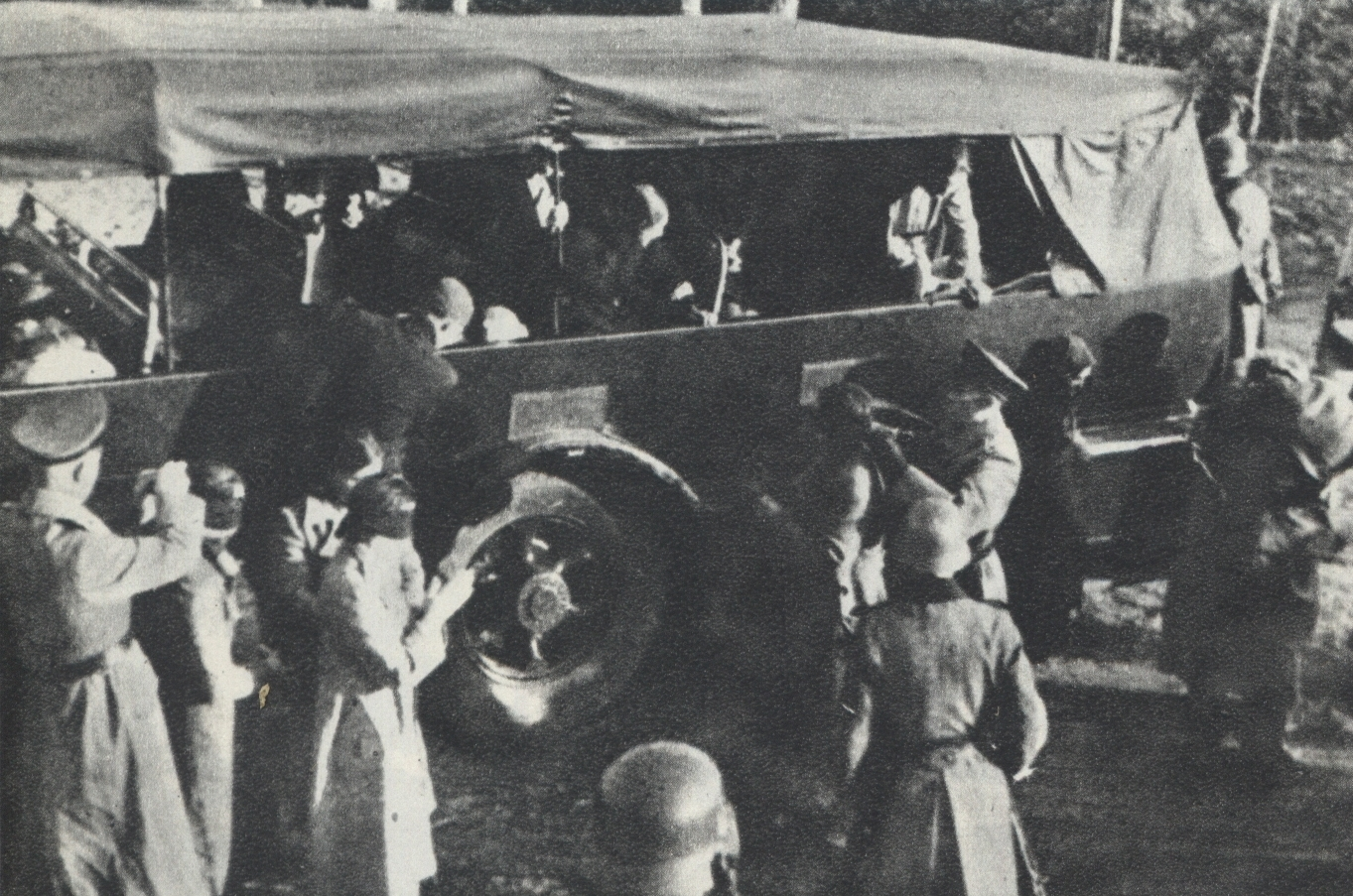 Polish Hostages preparing in Palmiry by Nazi-Germans for mass execution 2.jpg