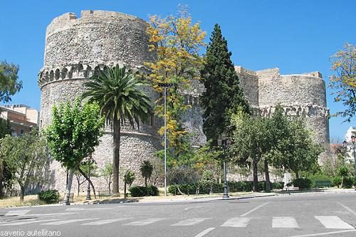 File:Reggio Calabria Castello Aragonese - by Saverio Autellitano.jpg