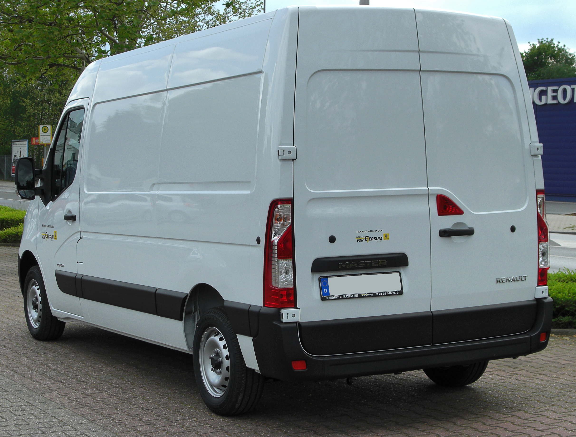 Https Commons Wikimedia Org Wiki File Renault Master Iii Rear 20100501 Jpg