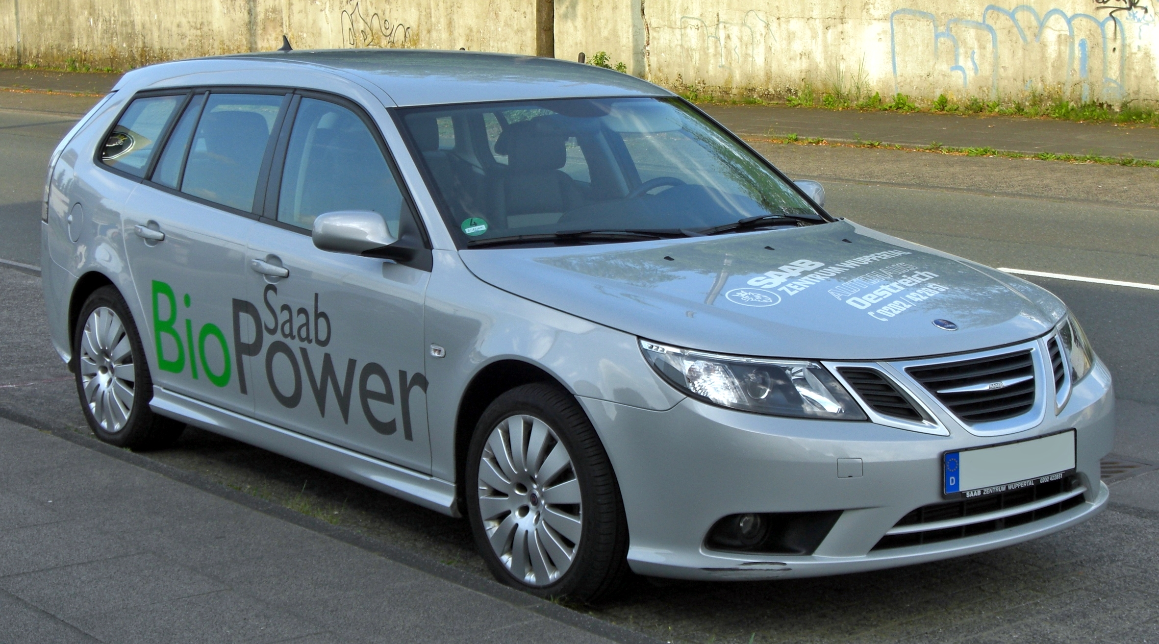 What Is Flex Fuel >> File:Saab 9-3 SportCombi 1.8t BioPower Facelift front.JPG ...