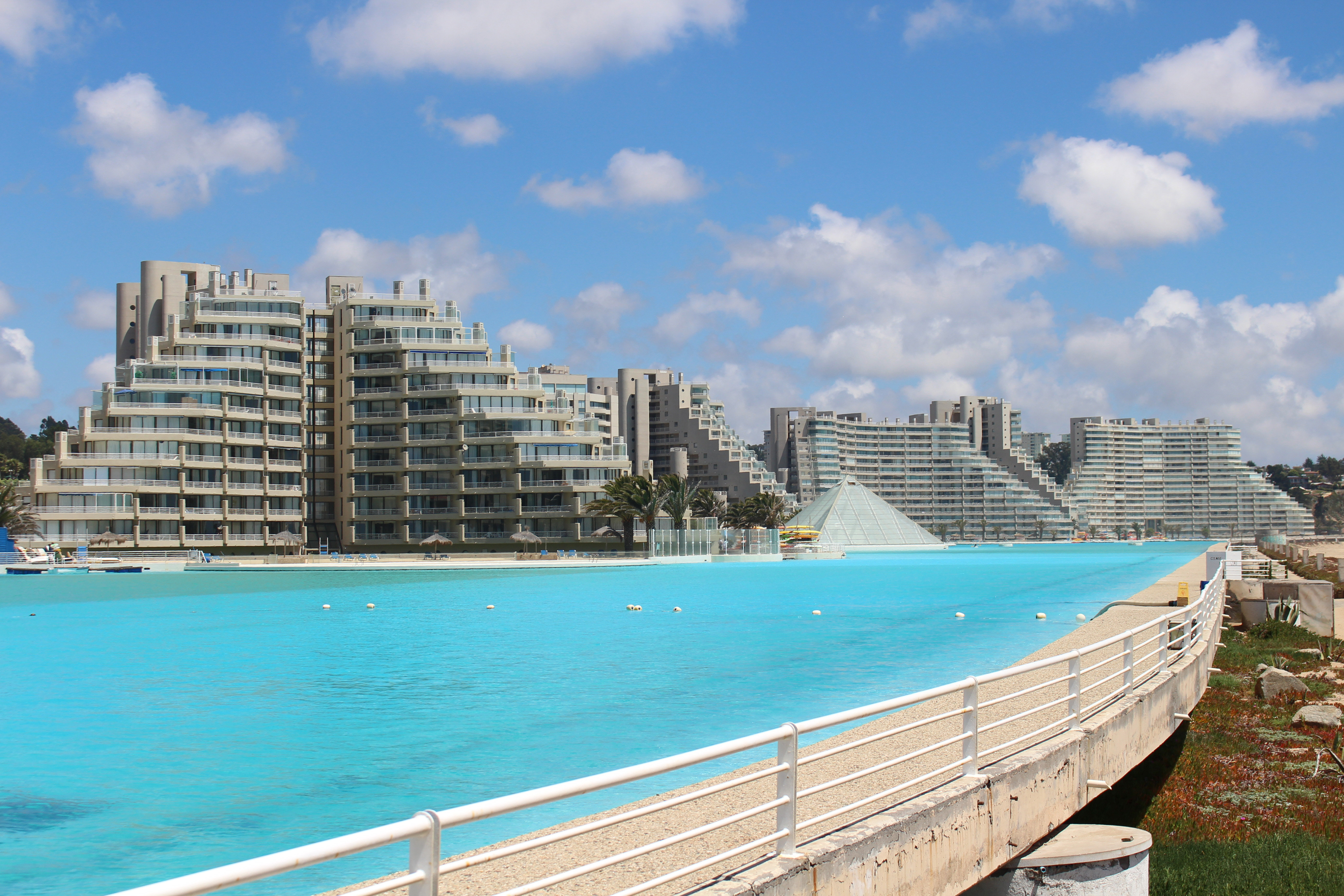 File wikimedia commons for San alfonso del mar swimming pool