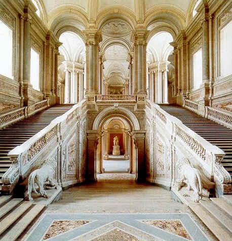 File scala reggia wikimedia commons for Architecture egyptienne