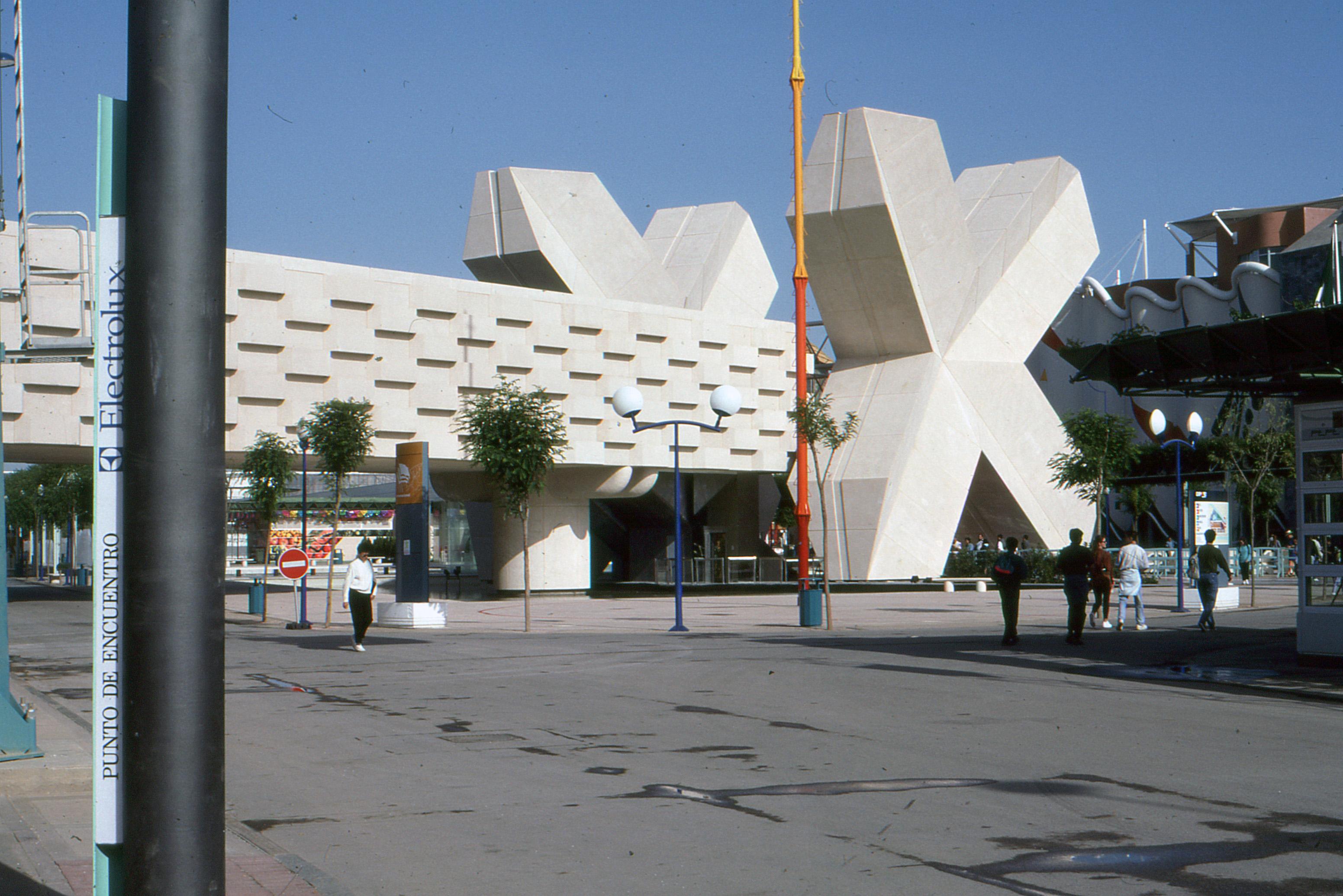 File sevilla expo 92 pabell n de m xico 1992 05 - La isla dela cartuja ...