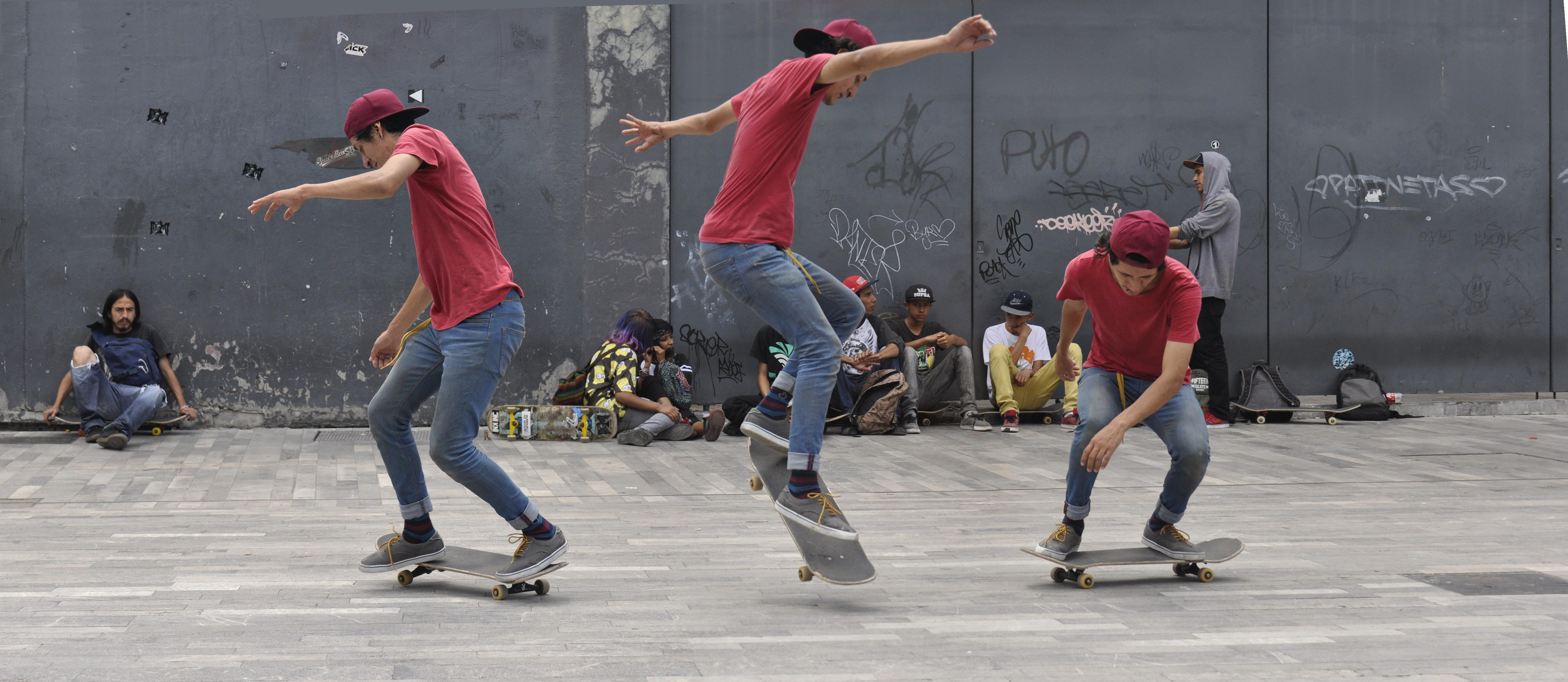 ad117a9da File Skateboarding at Mexico City - Flip - 090.jpg - Wikimedia Commons