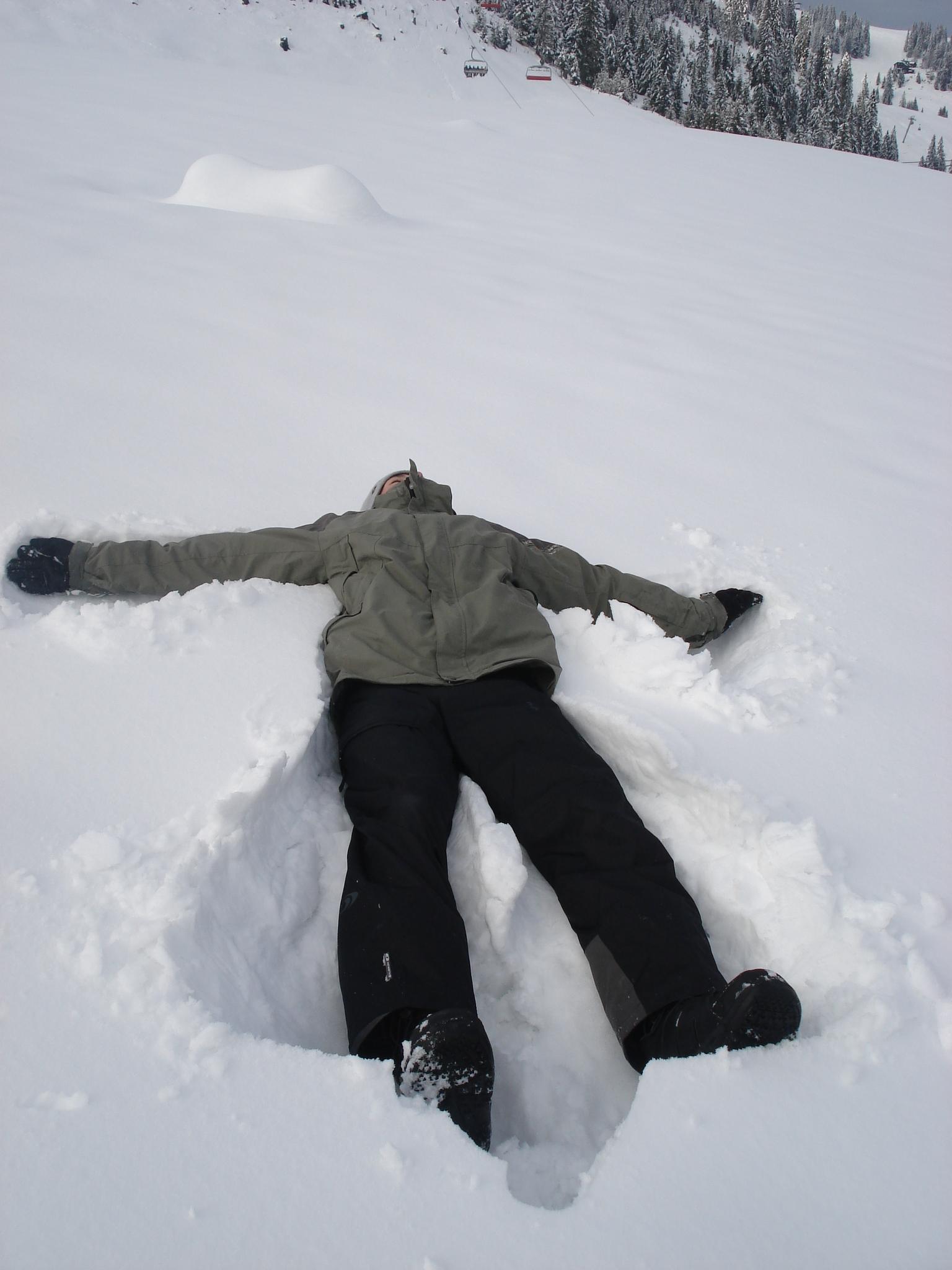 File:Snow Angel Man.JPG