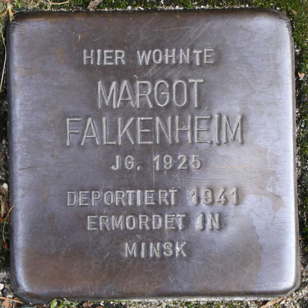 Stolperstein Margot Falkenheim Wuppertal.jpg