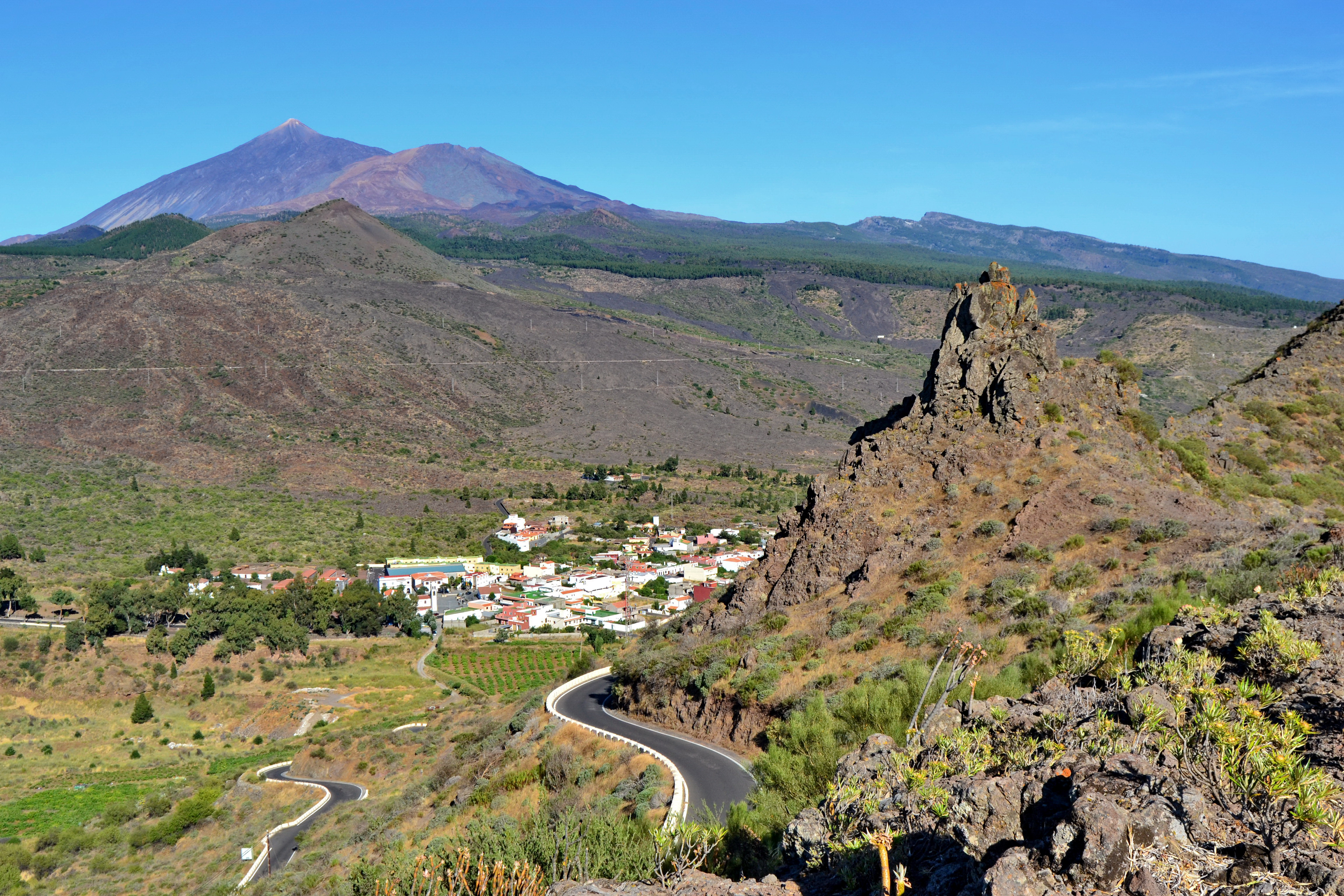 Santiago del Teide Spain  city images : Teide & Santiago del Teide Wikimedia Commons