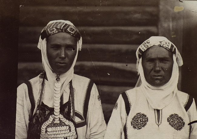 Chuvash women in tradidional attire for married women.