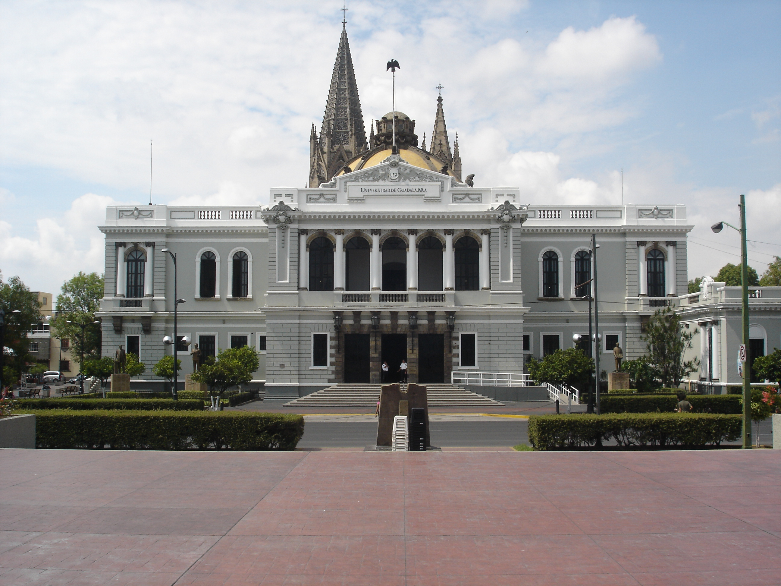 how to call guadalajara mexico from us