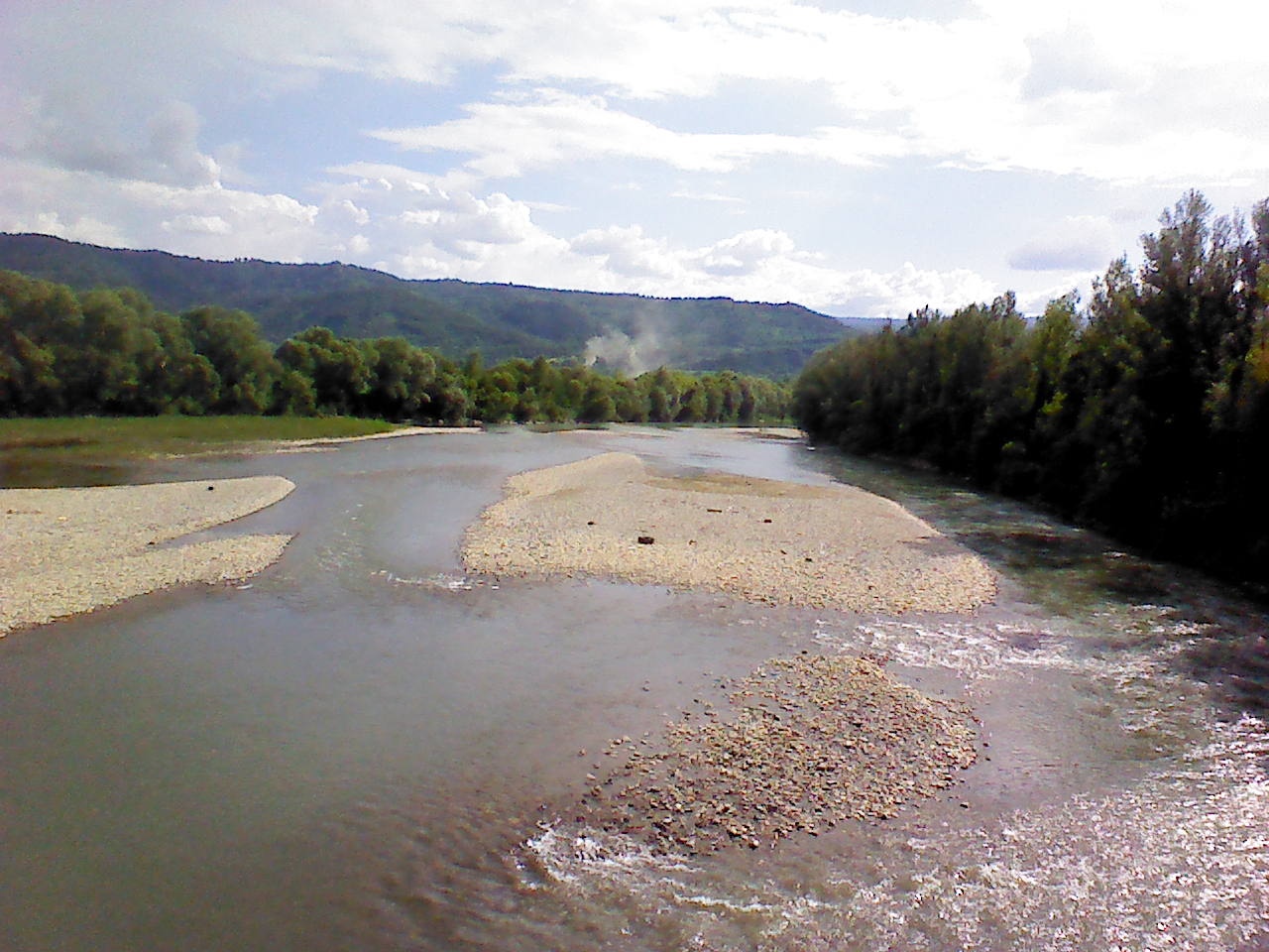 View of river Tysa on the border between Ukraine and Romania- 2013-07-09 17-56.jpg
