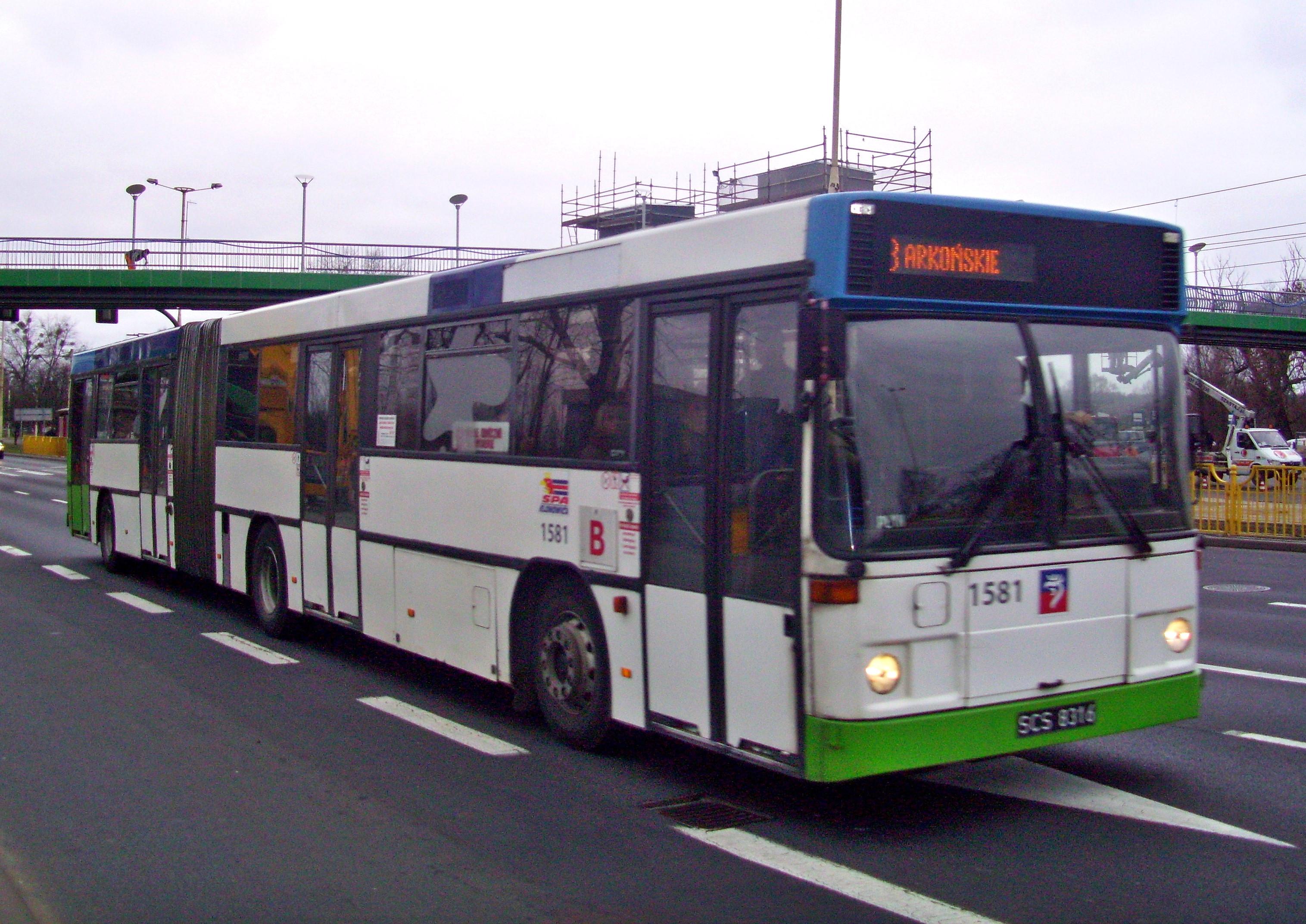 [Obrazek: Volvo_B10MA_nr_1581_in_Szczecin,_2012.JPG]