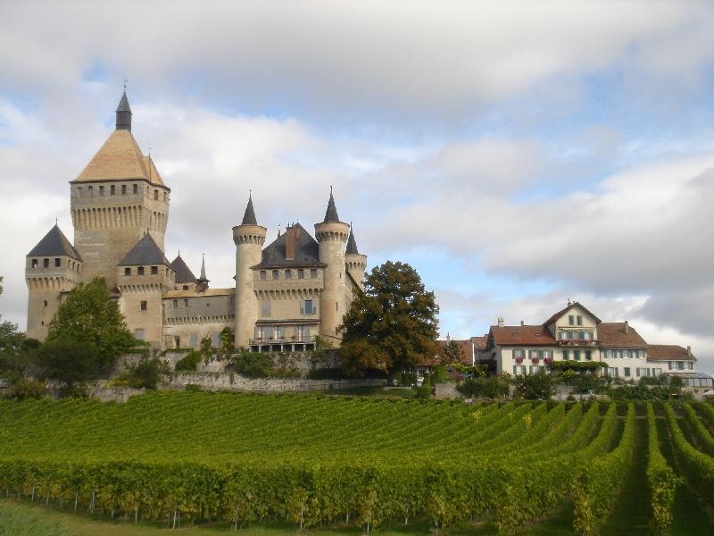 Fichier:Vufflens-le-chateau.jpg
