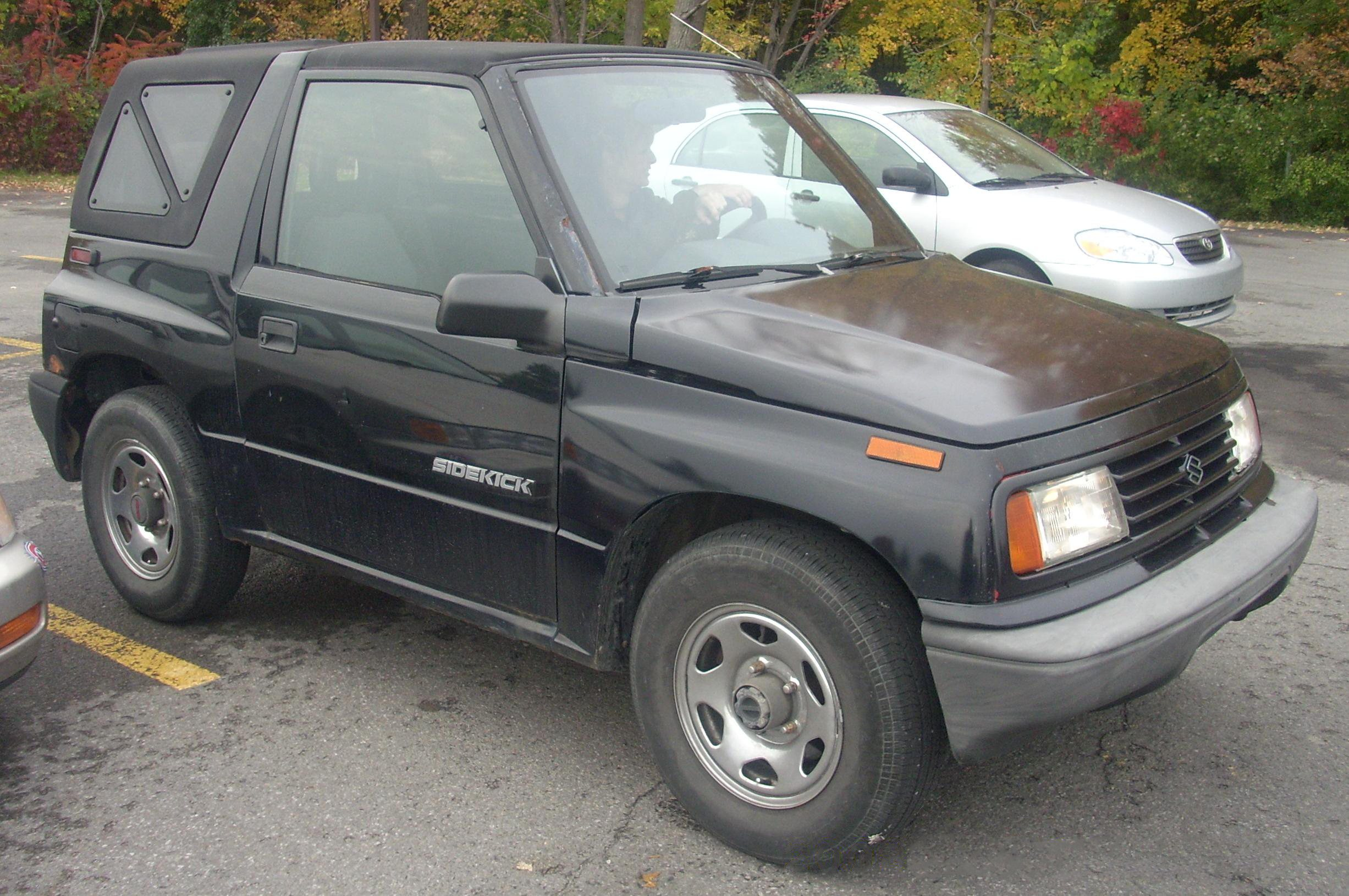 Suzuki Sidekick  For Sale