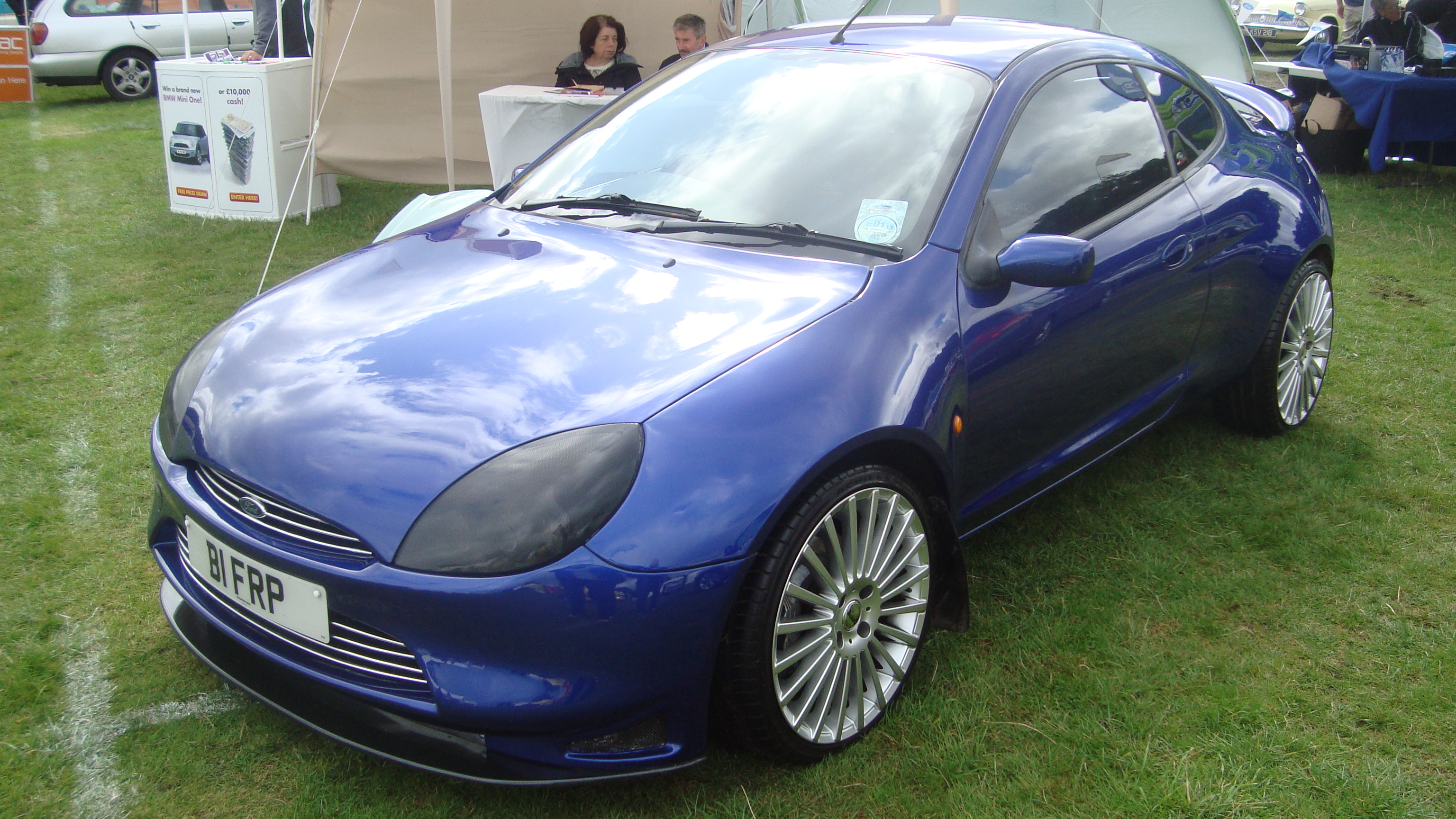 file 2000 ford racing puma 14945256731 jpg wikimedia commons. Black Bedroom Furniture Sets. Home Design Ideas