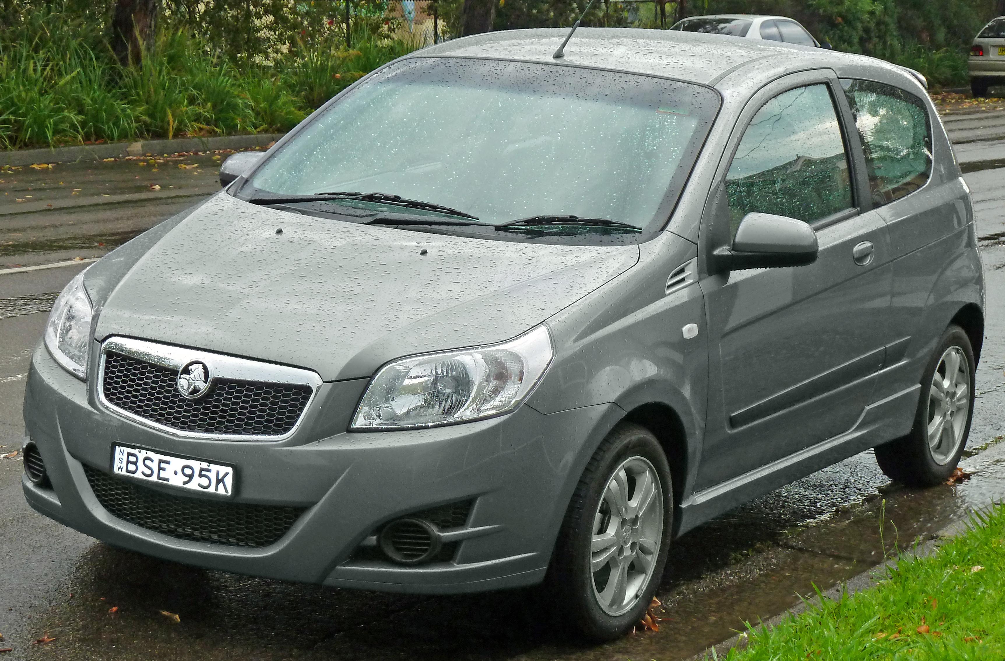 File 2008 2010 Holden Barina Tk 3 Door Hatchback 2011