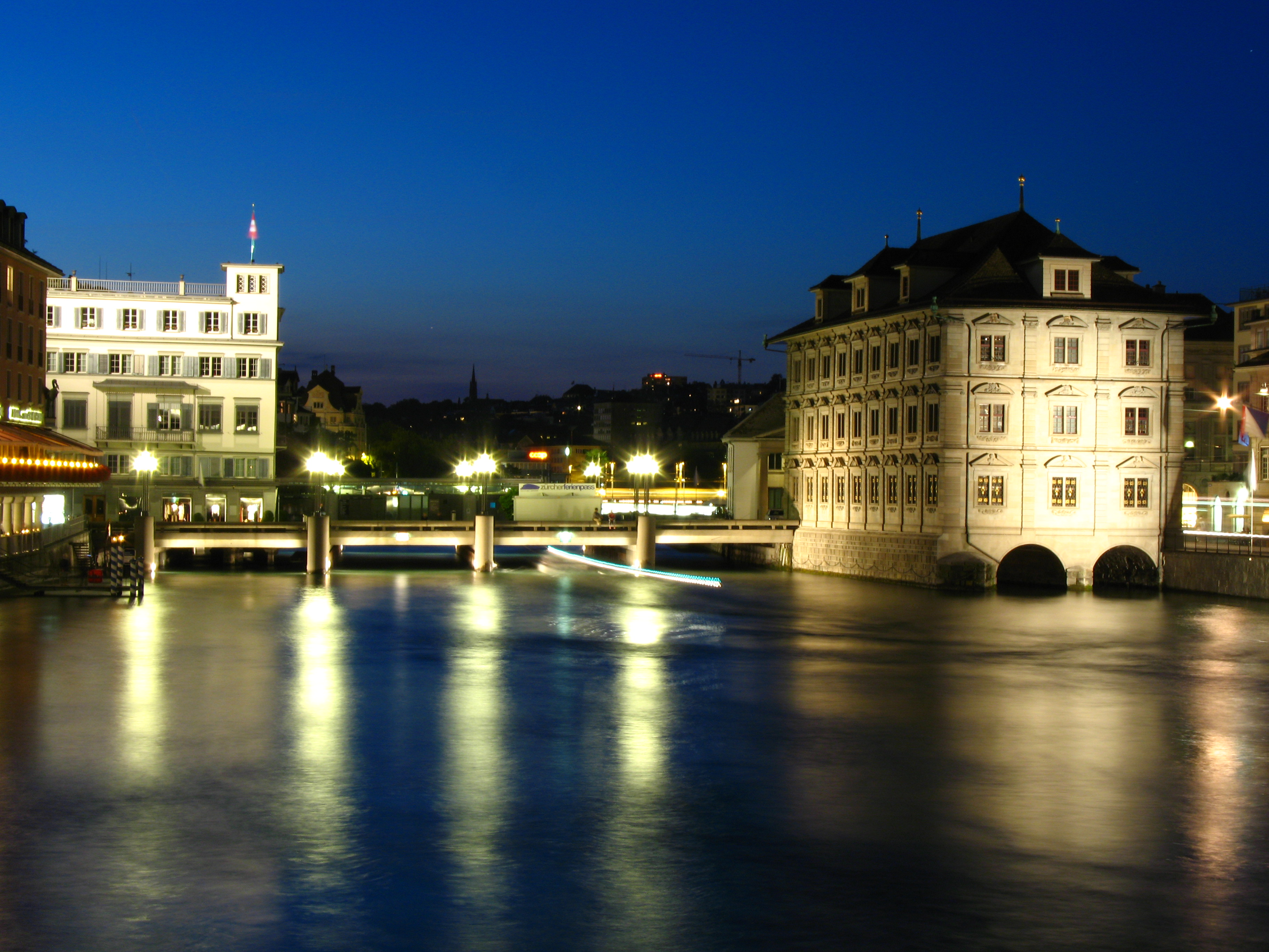 File:7507 - Zürich - Rathausbrücke.JPG - Wikimedia Commons