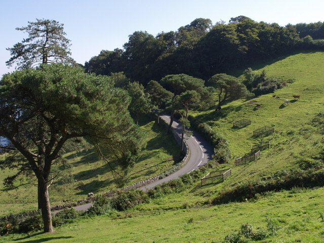 A379 above Blackpool Sands - geograph.org.uk - 535648