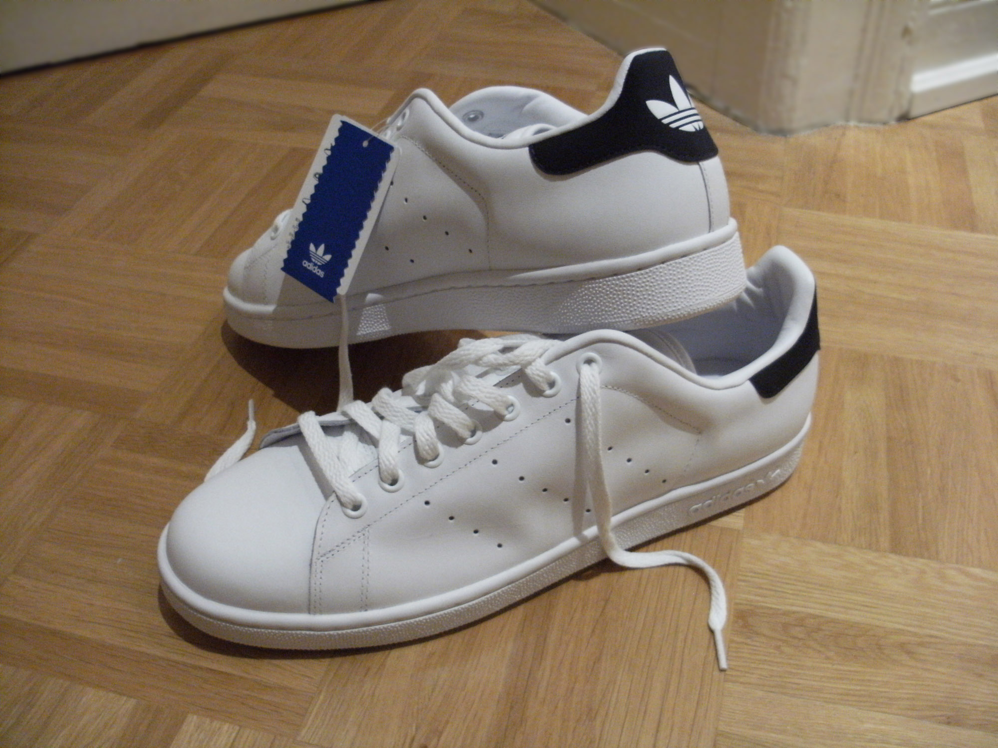 Adidas Stan Smith – Wikipedia