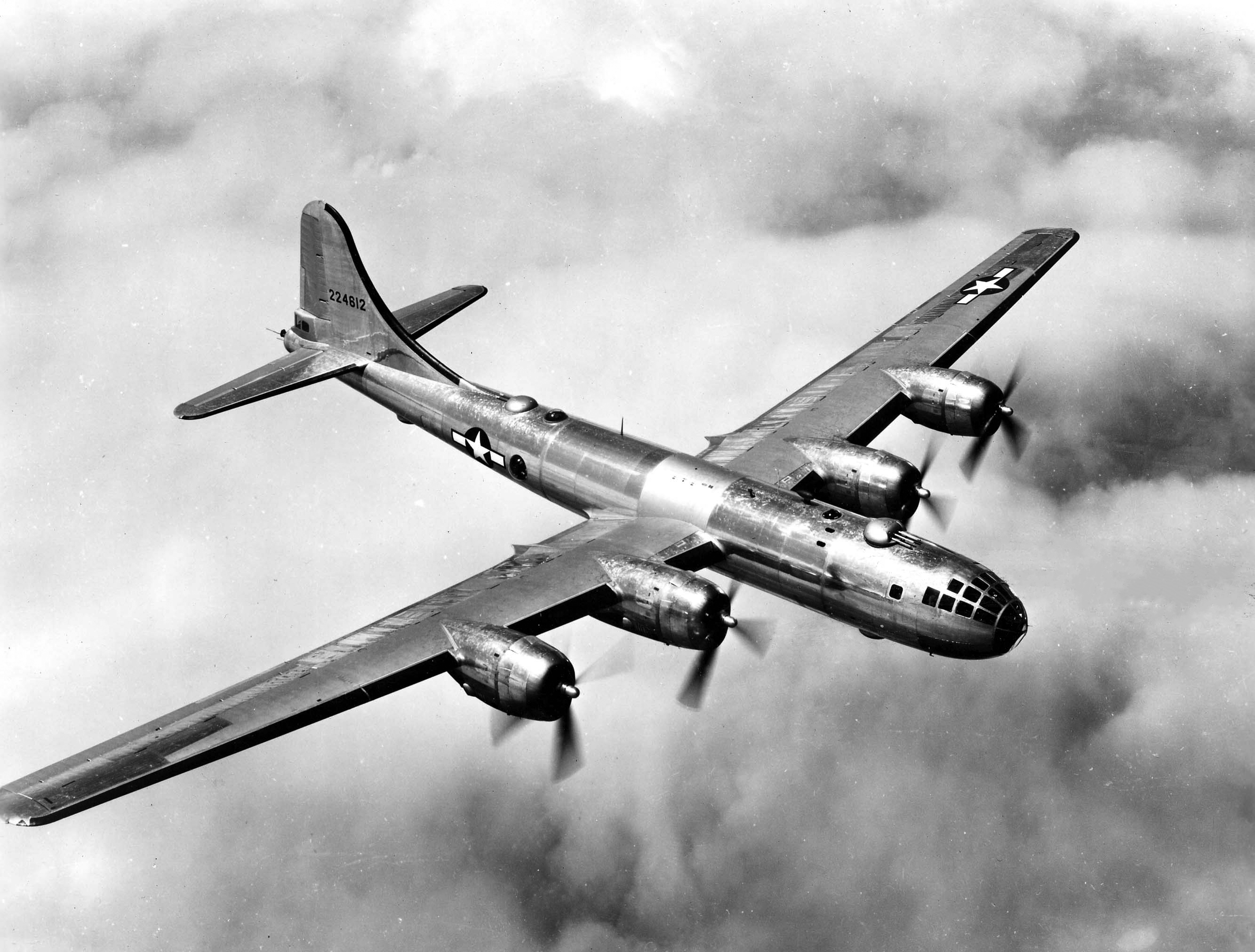 WWII AAF Training Film 'How to Fly the B-17: Flight Operations' 1943