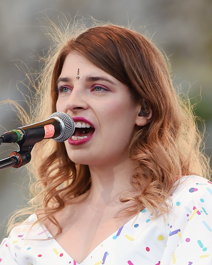 Katarzia performing in July 2016