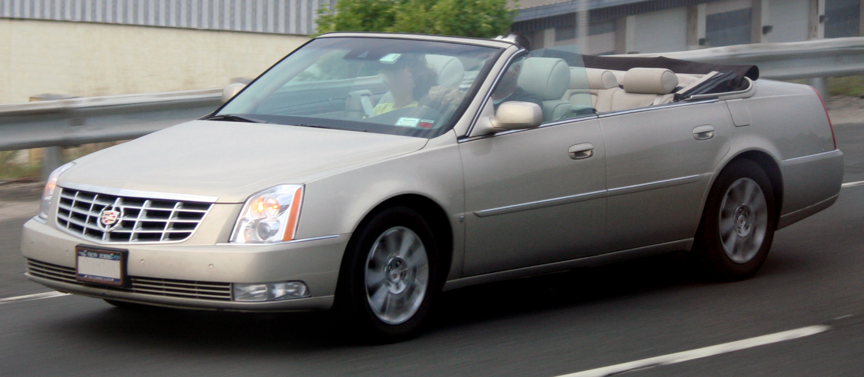 File:Cadillac DTS custom convertible.jpg - Wikimedia Commons
