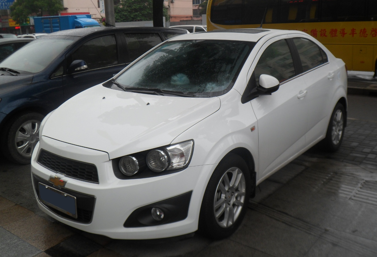 file chevrolet aveo t300 sedan china 2012 06 23 jpg wikimedia commons. Black Bedroom Furniture Sets. Home Design Ideas