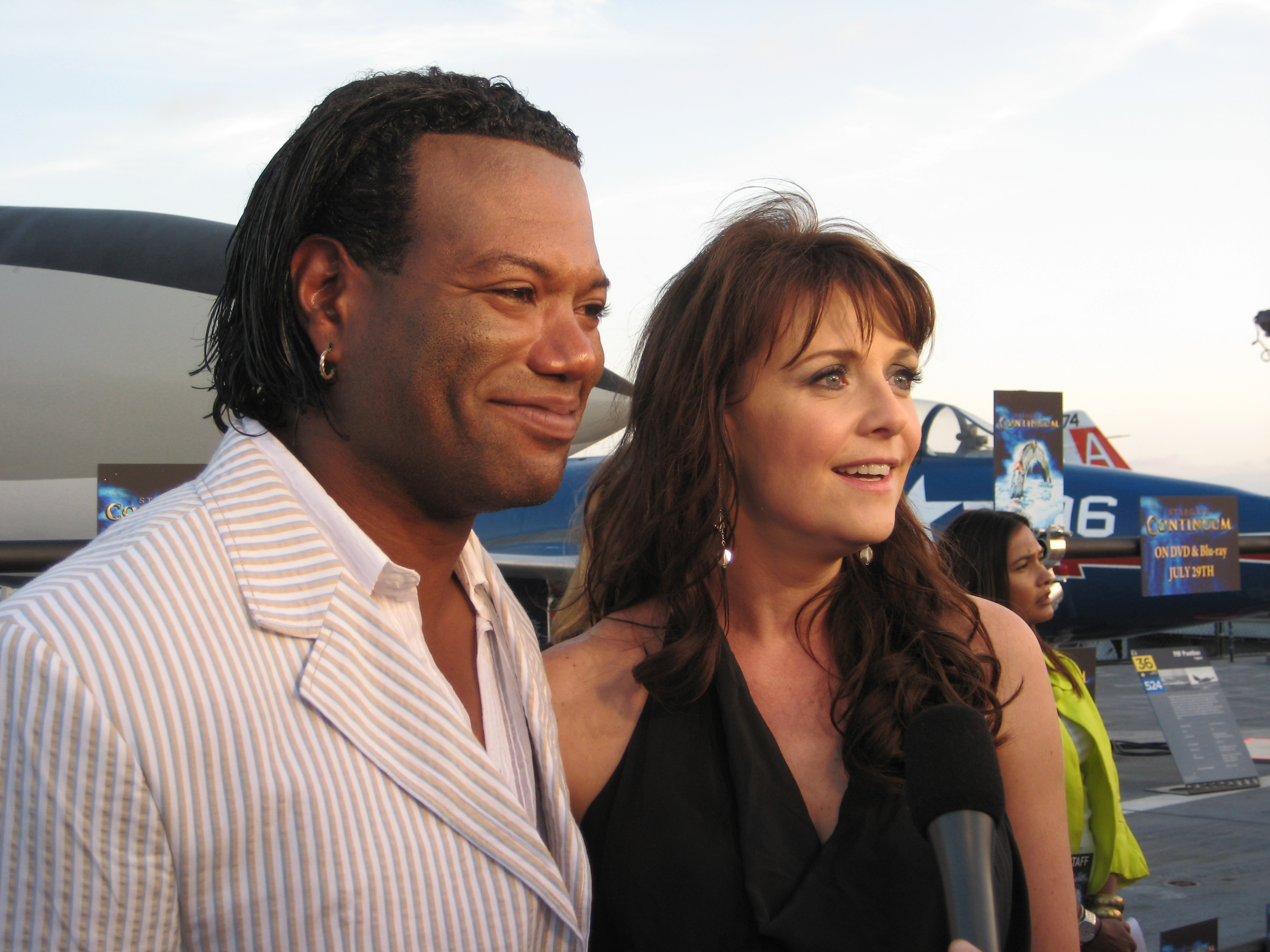Amanda Tapping X Files file:christopher judge amanda tapping san diego 2008