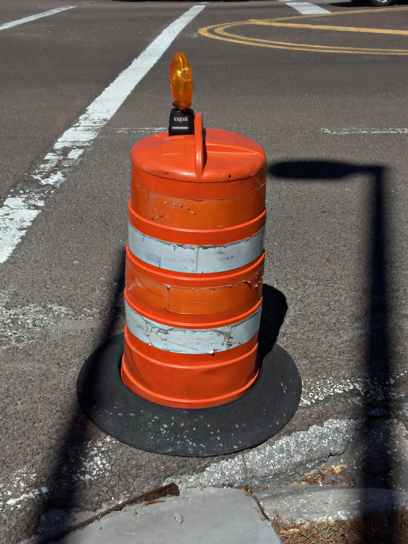 Construction barrel - Wikipedia