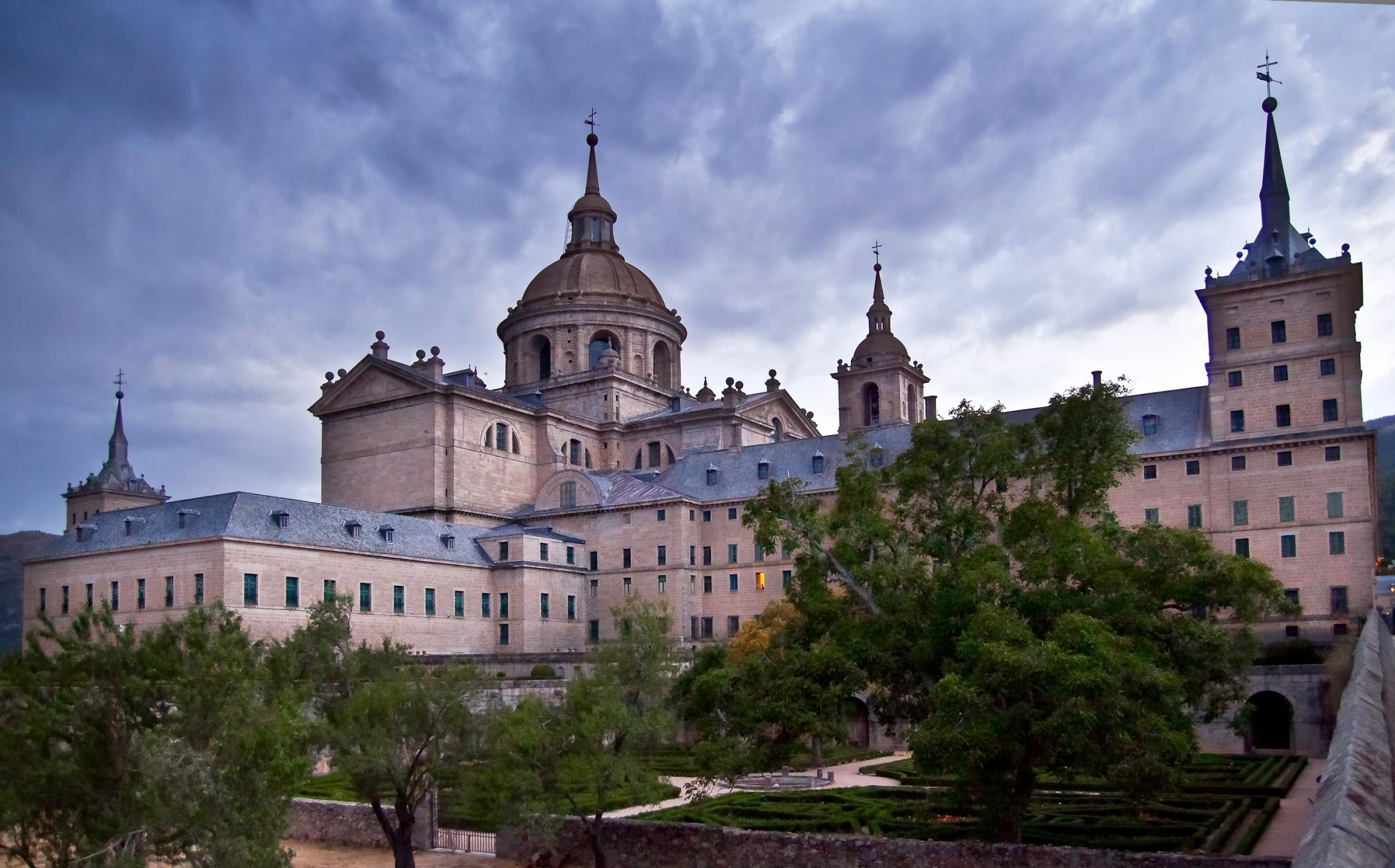 File:El Monasterio de San Lorenzo de El Escorial.JPG ...