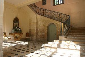 Escalier d'honneur du château de Condé, Aisne, Picardie, France.