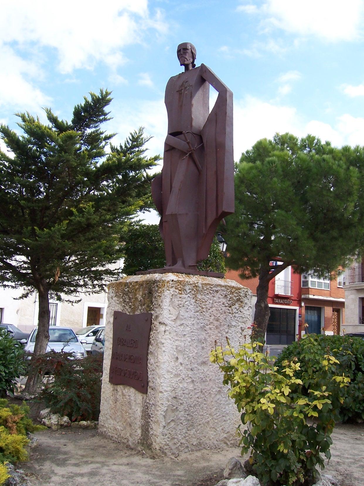 Estatua del Caballero de Olmedo