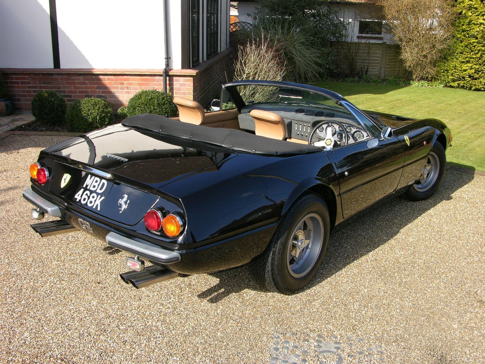 File:Ferrari 365 GTS-4 'Daytona' Spyder Replica - Flickr - The Car Spy ...