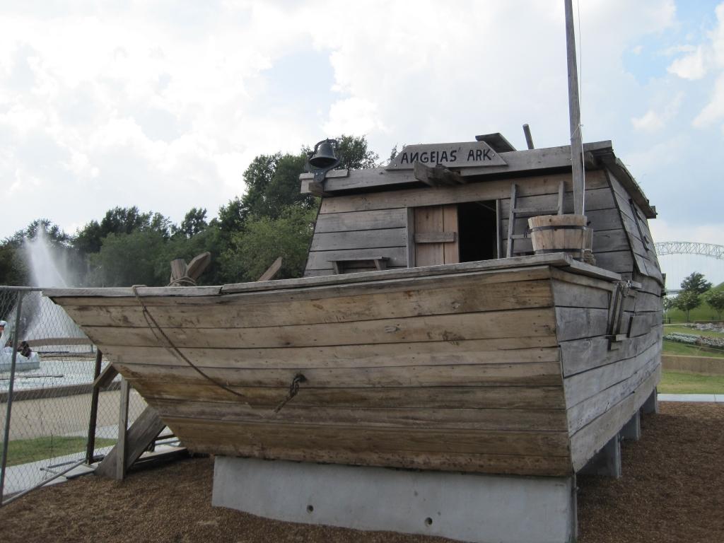 File Flatboat Replica Mud Island Memphis Tn 05 Jpg
