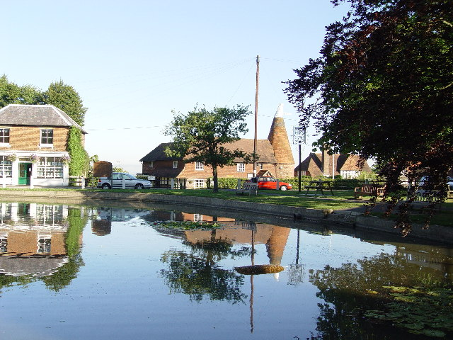 Goudhurst Village Pond - geograph.org.uk - 84152