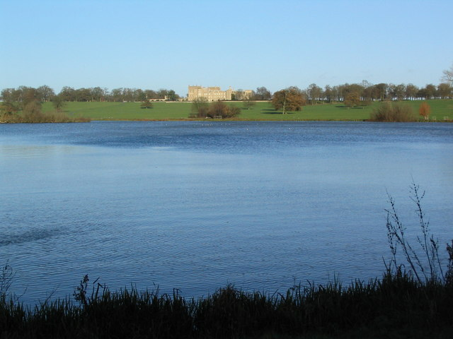 Grimsthorpe Lake - geograph.org.uk - 289664