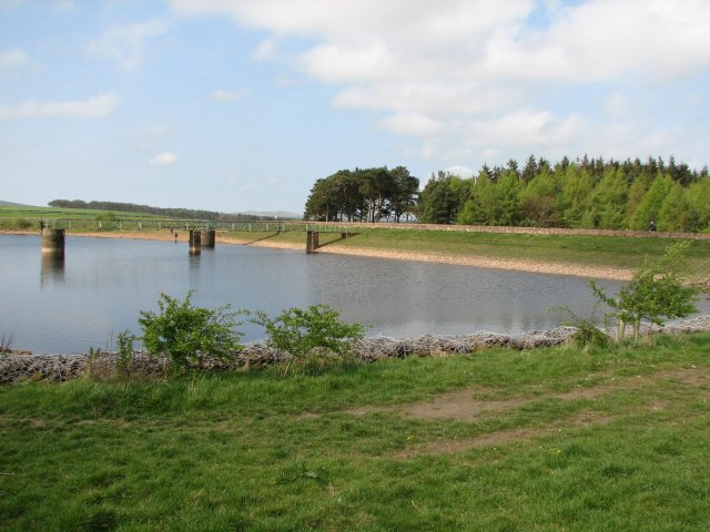Harlaw Reservoir - geograph.org.uk - 477262