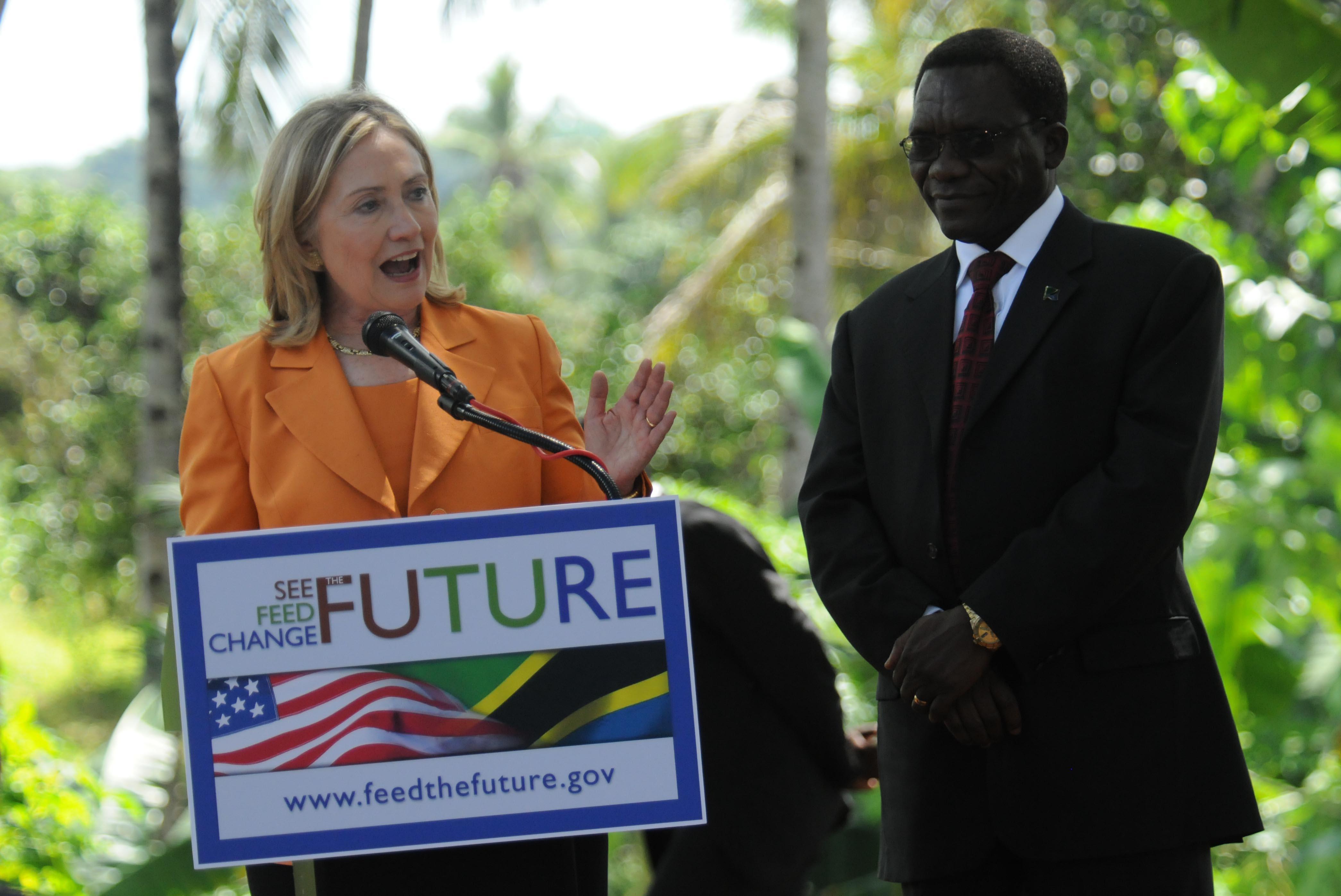 Secretary of State Hillary Clinton & Tanzanian Prime Minister Mizengo Pinda, June 2011