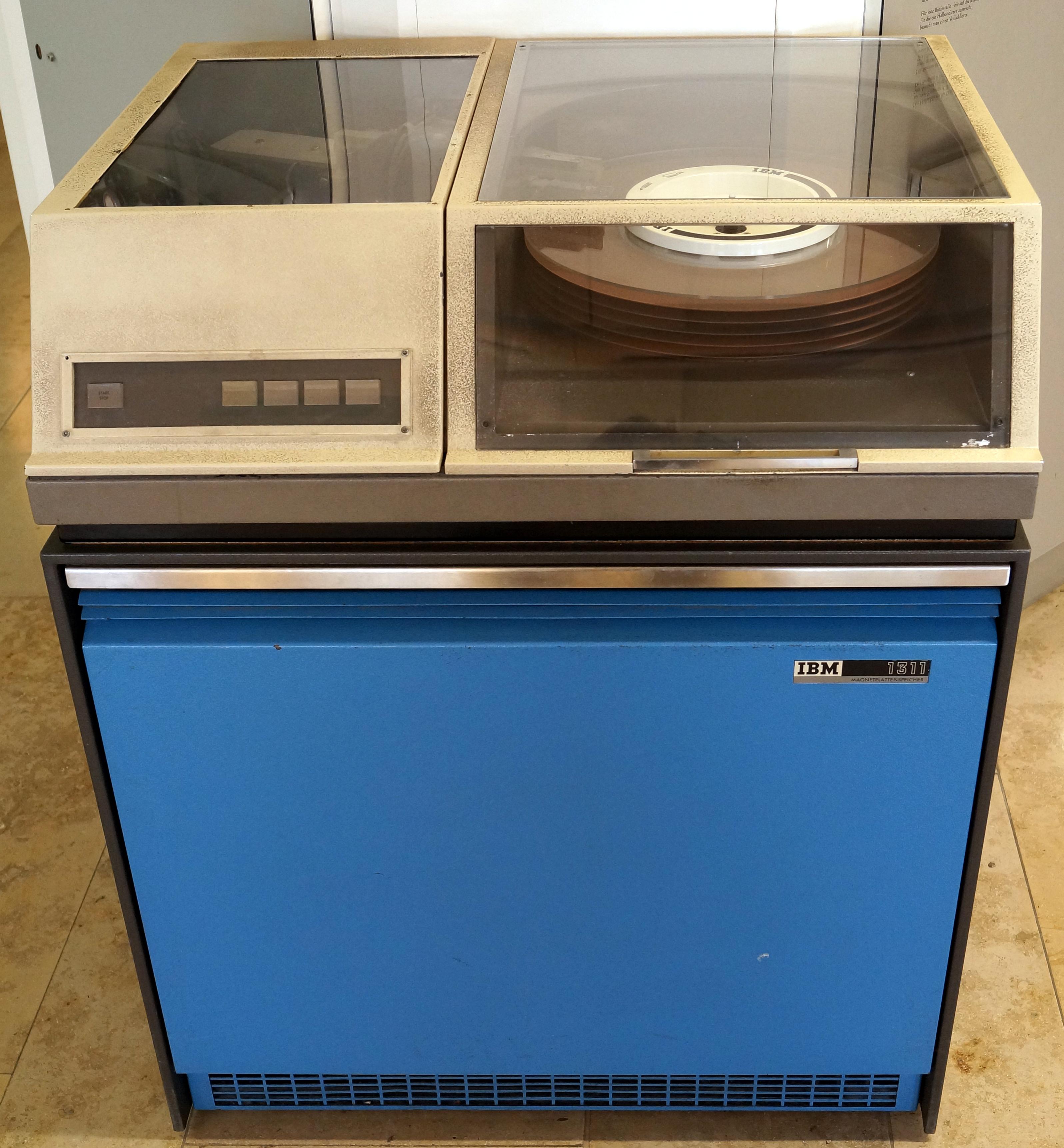 File:IBM 1311.jpg