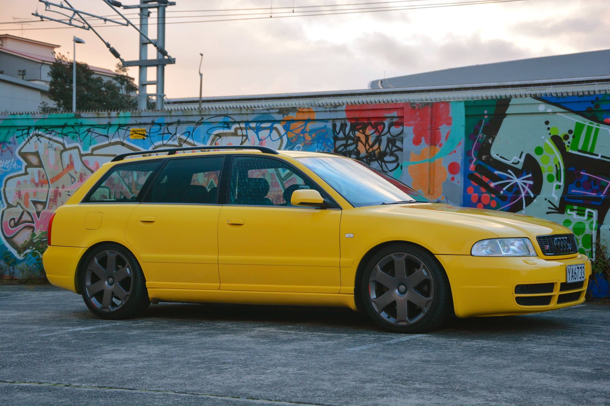 File Imola Yellow Wagon B5 S4 Jpg Wikimedia Commons